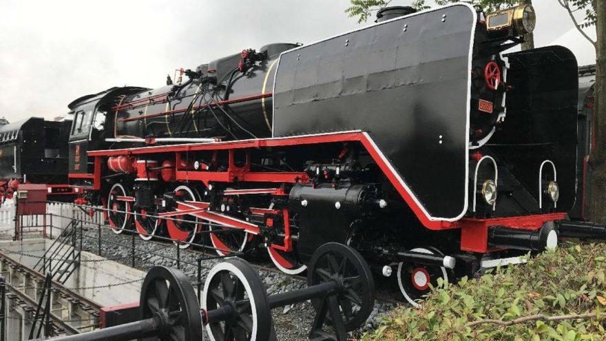 Buharlı dev lokomotif Rahmi M. Koç Müzesi'nde