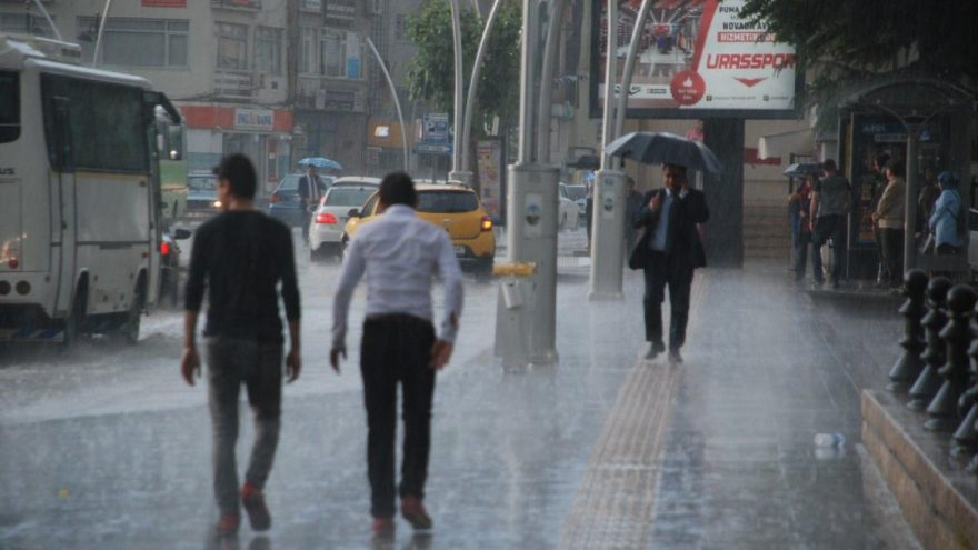 Meteoroloji'den hava durumu açıklaması! Sıcak havanın yerine yağmur geliyor!