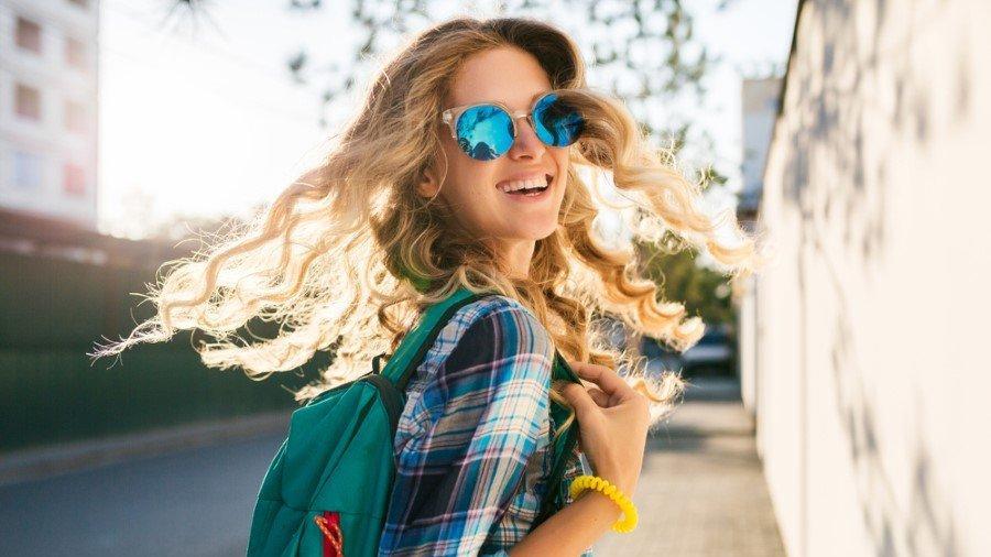 Güneş gözlüğü takarken göz sağlığınızdan olmayın!