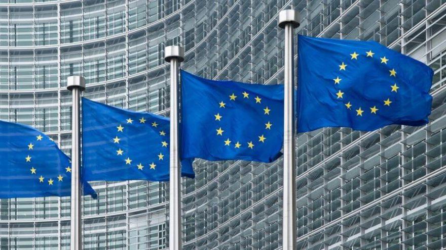 Avrupa Komisyonu 4.7 büyüme bekliyor