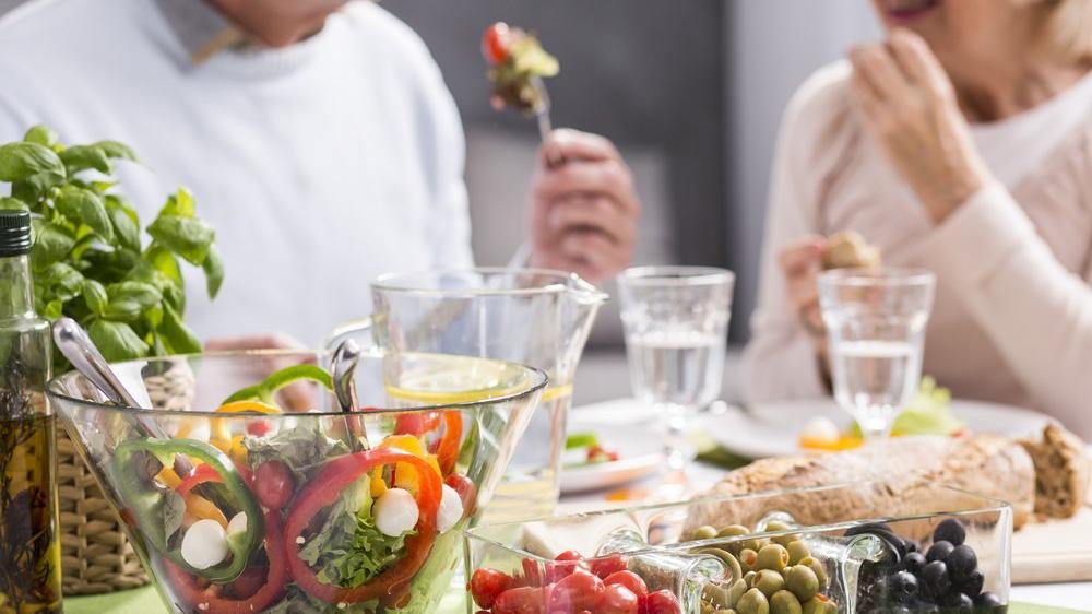 Ramazan'da kilo almamak için: İftarı açtıktan 1 saat sonra