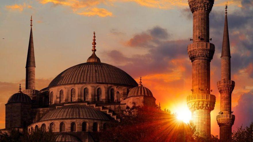 İzmir iftar vakti ve sahur vakti saat kaçta ve ne zaman? 2018 İzmir imsakiyesi sahur ve iftar saatleri!