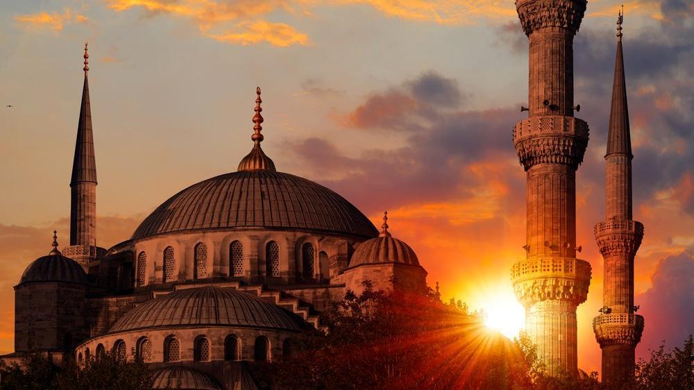 İzmir iftar vakti ve sahur vakti saat kaçta ve ne zaman?