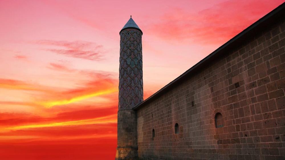 Tarihi 4 bin yıl önceye dayanan Erzurum'un gezilecek tarihi ve turistik yerleri