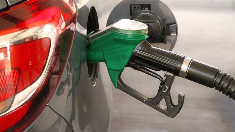 Benzin ve motorine zam! PÜİS açıklamadı