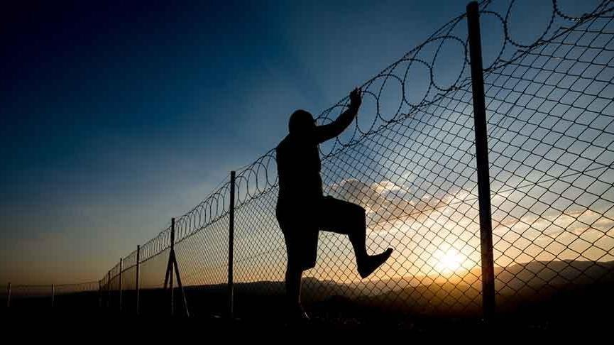 FETÖ'den aranan çift Yunanistan'a geçmeye çalışırken yakalandı