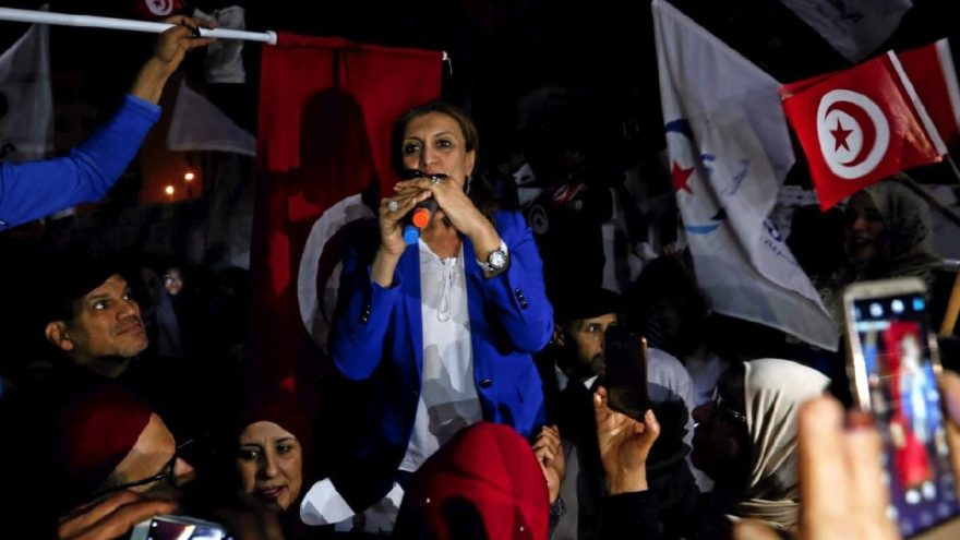 Tunus'ta 7 yıl sonra ilk seçim… Belediye başkanı ilk kez kadın oldu