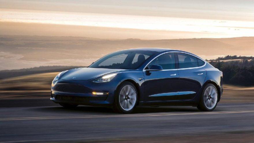 Tesla Model 3'ün üretimini durdurdu!