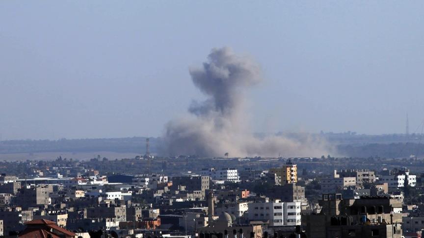 İsrail, Hamas'a ait noktaları vurdu