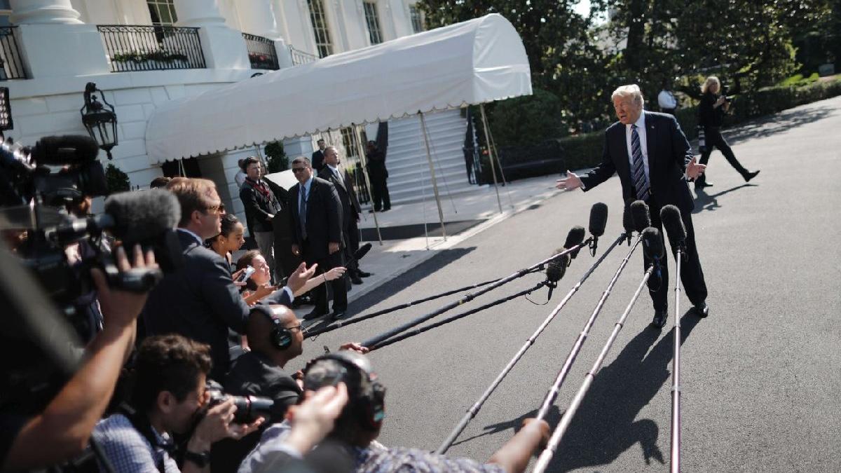 Trump, Kim'i kandırıyor?