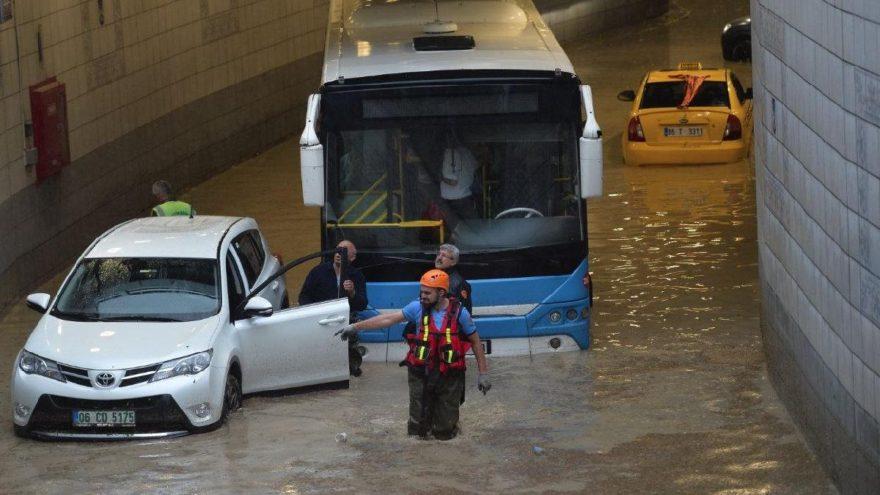 Sadece Türkiye de değil… Dünyayı korkutan fırtına ve sel felaketleri