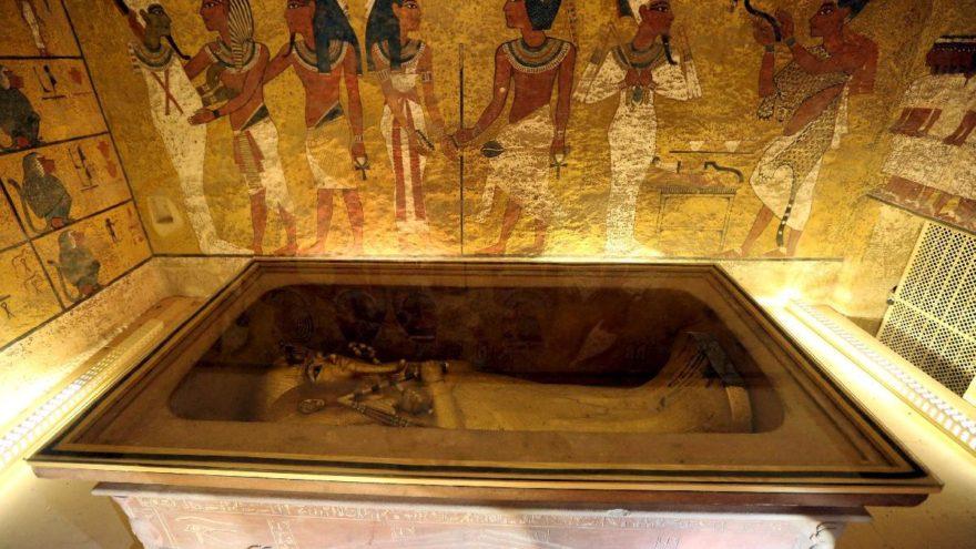 Yıllardır araştırılıyordu… Mezarında gizli bölme…