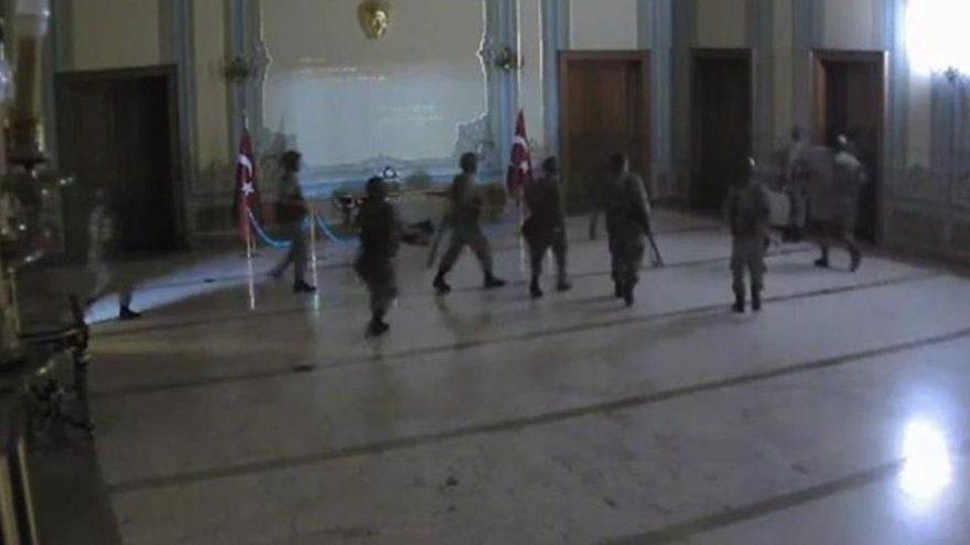 İstanbul Valiliğini işgal davasında 8 ağırlaştırılmış müebbet, 80 beraat