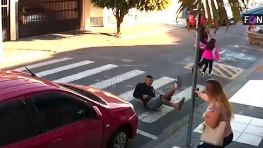 İzindeki polis anne gaspçıyı vurdu
