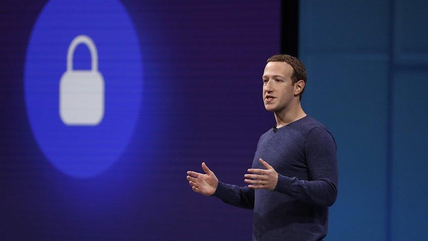 Facebook yalan haber kaynaklarını göstermeyecek