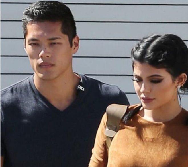 Kylie ve yakın koruması.