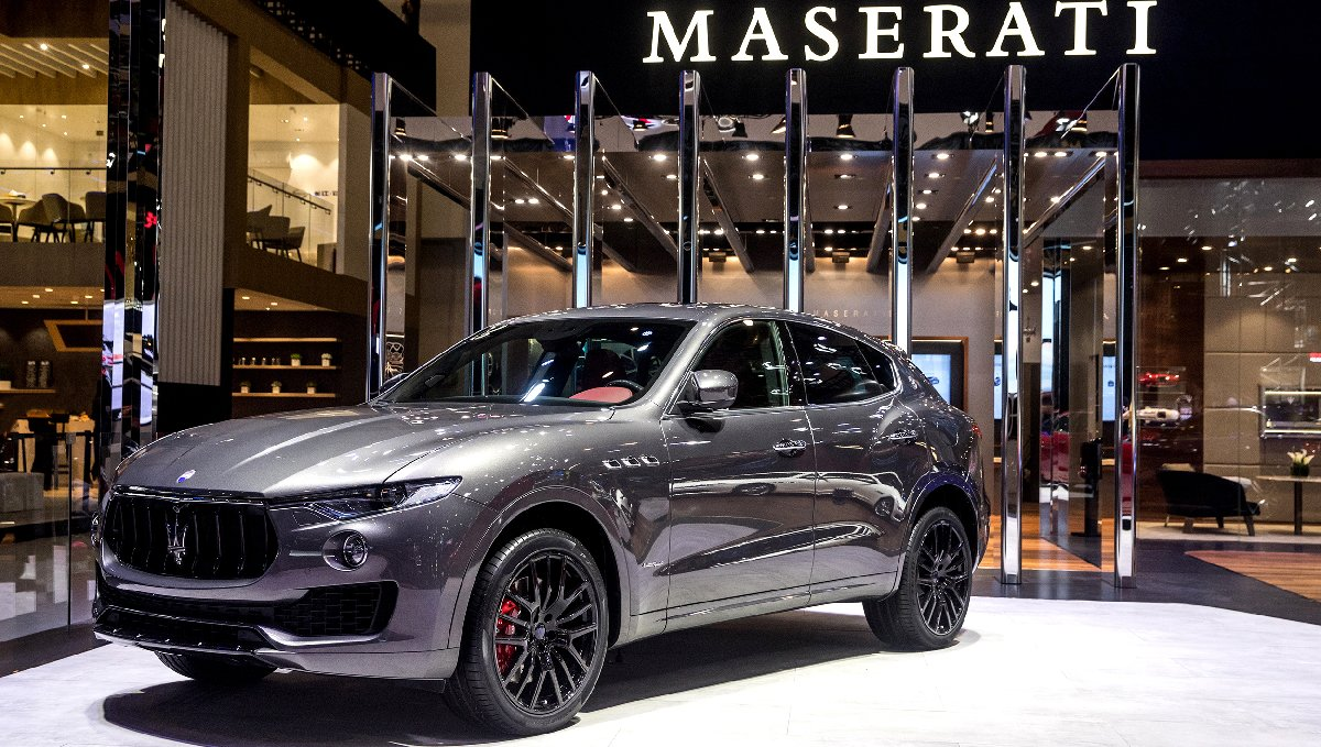 large-14418-maseratistandatautochina2018levantesgransportmy18-kopya