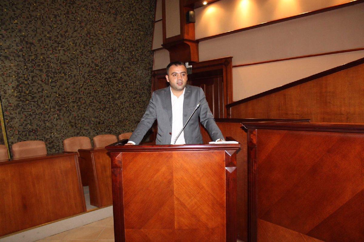 FOTO:SÖZCÜ - Nadir Ataman konuyu İBB gündemine getirdi.