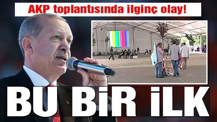 AKP toplantısında ilginç olay... Erdoğan bu kez kalabalığa seslenemedi