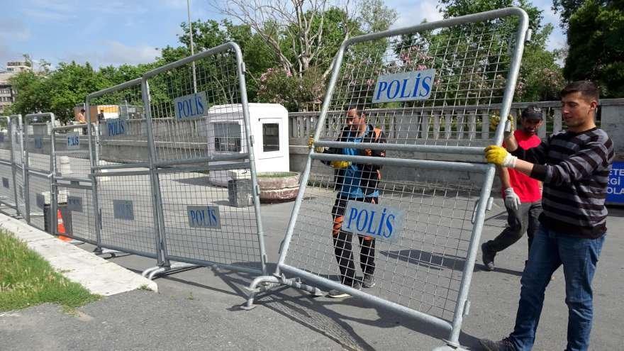 polis-bariyer-gazi-parki-7