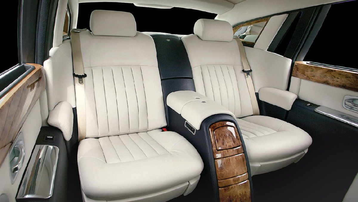 rolls-royce-phantom-rear-seats-kopya