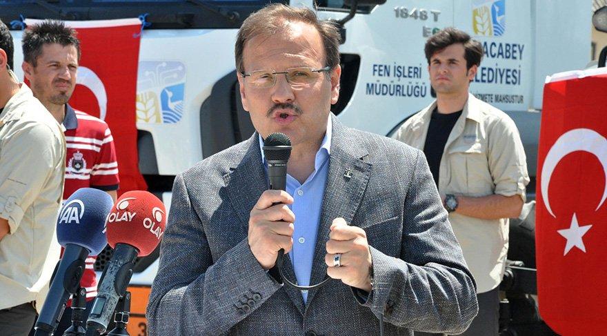 BAKAN Başbakan Yardımcısı Hakan Çavuşoğlu