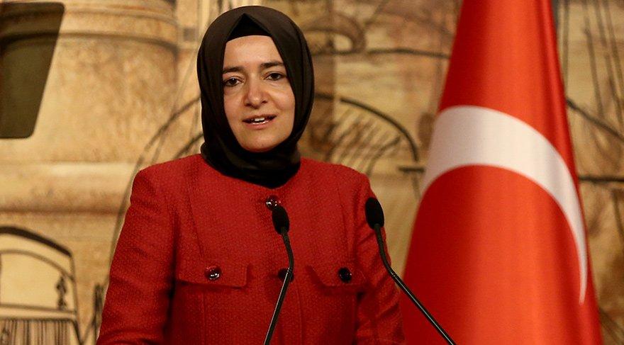 Bakan Fatma Betül Sayan Kaya'nın kardeşleri de devlet kurumlarında yönetici.