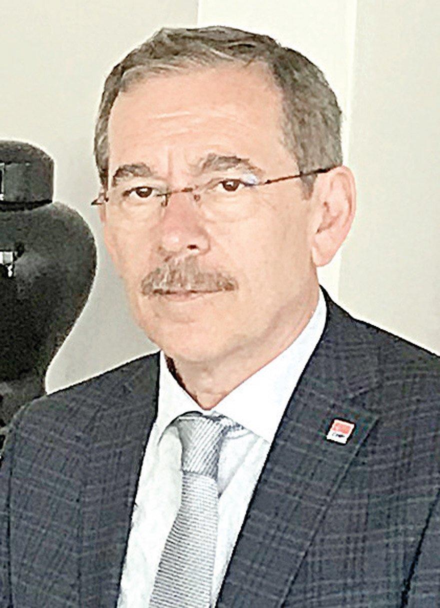 """CHP milletvekili adayı Şener, """"Yağmanın haddi hesabı yok"""" dedi."""