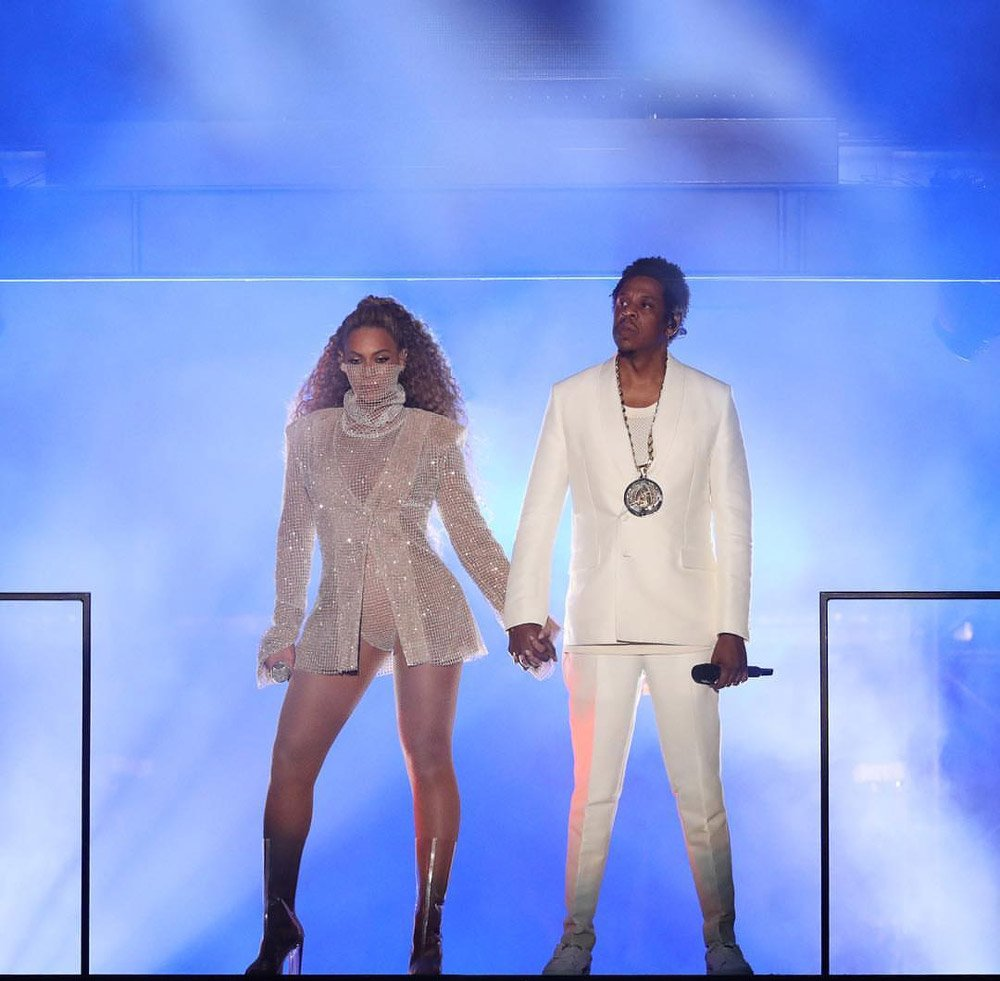 beyonce-konser-backgrid1