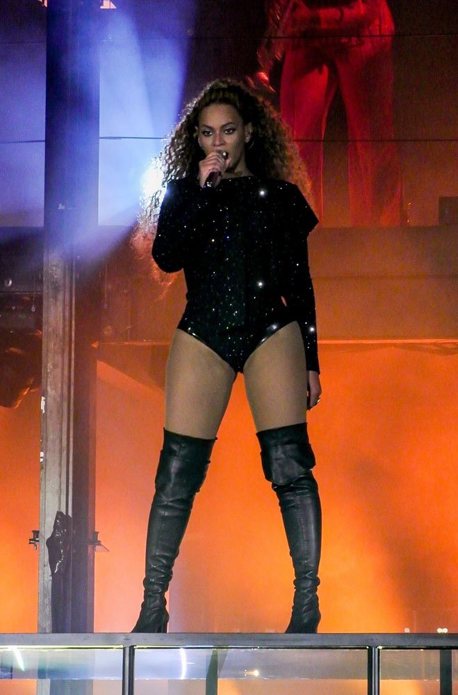 beyonce-konser-backgrid7