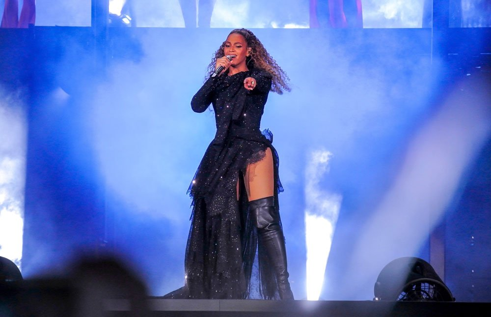 beyonce-konser-backgrid8