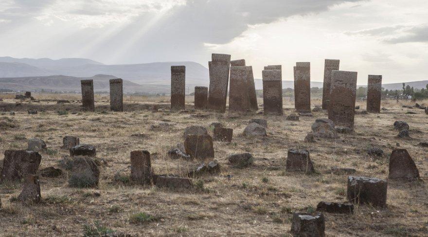 Ahlat Mezarlığı-Bitlis