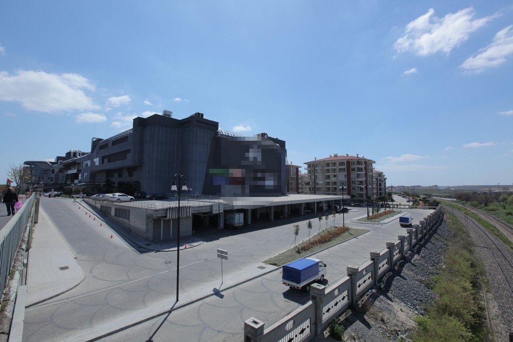 FOTO:depophotos- 1999 depreminden sonra planlanan 'deprem toplanma alanları'nın neredeyse tamamı, AVM ve otel inşaatları ile doldu.