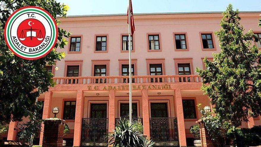 CHP'li heyet FETÖ belgeleri için bakanlıkta