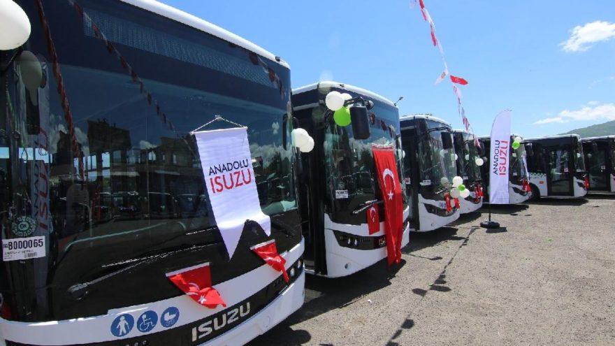 Anadolu Isuzu'dan Bingöl'e 80 araçlık teslimat