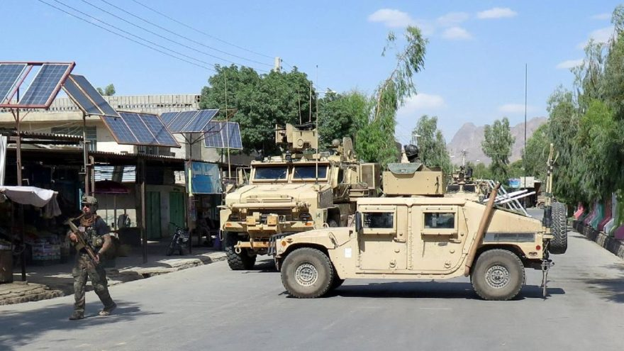 Afganistan'da Taliban'la ateşkes kararı