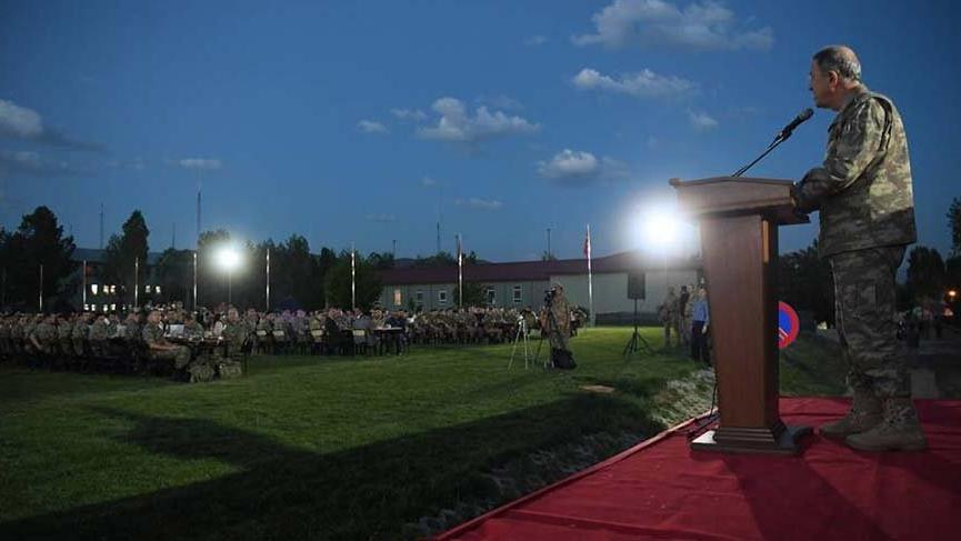 Genelkurmay Başkanı Akar Hakkari'de incelemelerde bulundu