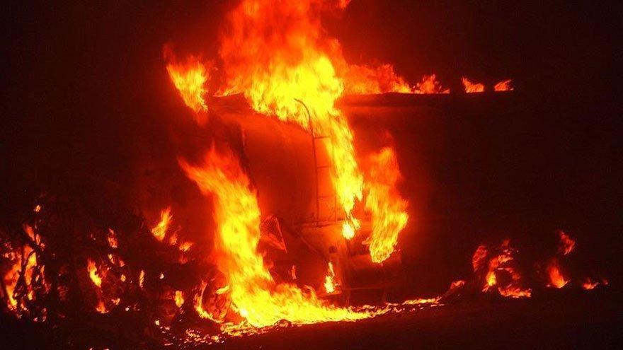 Nijerya'da akaryakıt tankeri faciası: Ölü ve yaralılar var