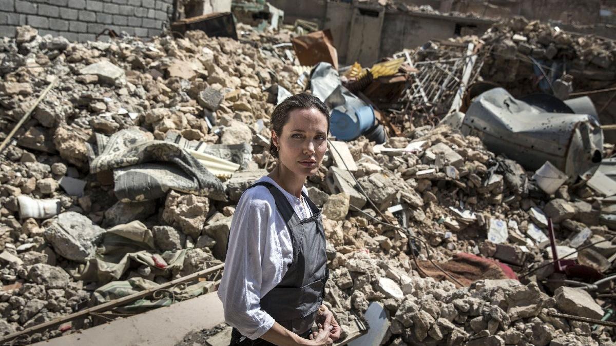 Angelina Jolie'den anlamlı ziyaret