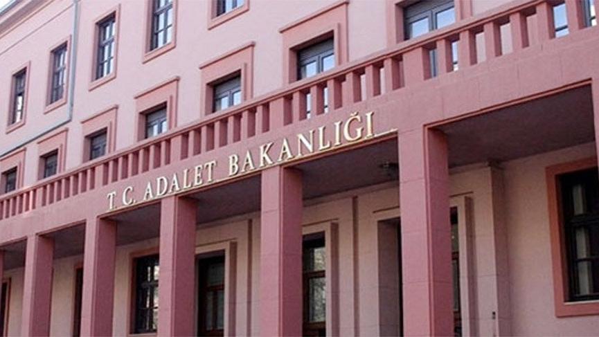 CHP heyeti Adalet Bakanlığı'nda Fetullah Gülen dosyalarını inceledi
