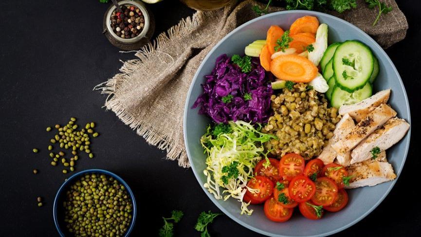 Folik asit içeren besinler nelerdir? Hangi yiyeceklerde folik asit var?