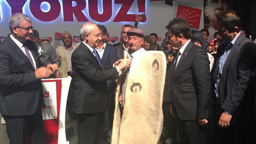 CHP'ye sadece 1 oy çıkan köyde, 150 kişi CHP'ye üye oldu