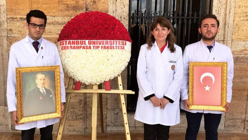 Cerrahpaşalılar Anıtkabir'i ziyaret etti