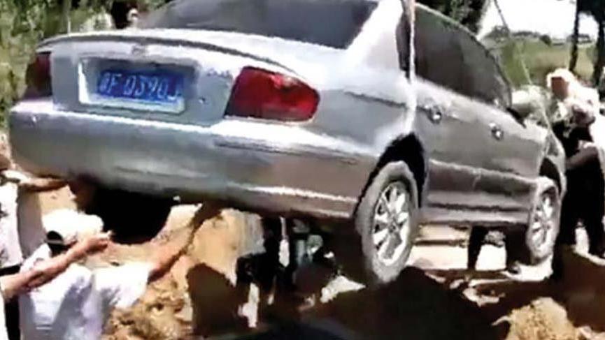 Çin'de arabasını çok seven adamın vasiyeti herkesi şaşırttı