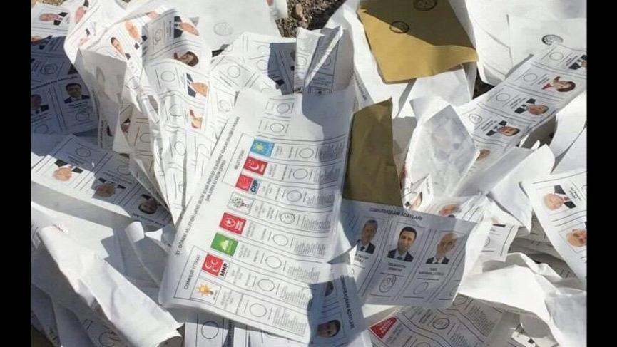 Şanlıurfa'dan vahim fotoğraflar! İnce ve Demirtaş oyları çöpten çıktı