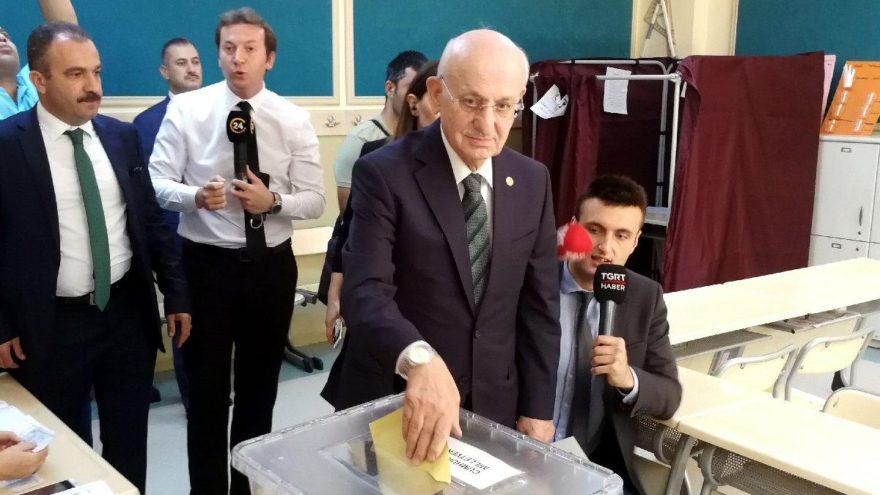 TBMM Başkanı Kahraman'ın oy kullandığı sandıktaki sonuçlar belli oldu