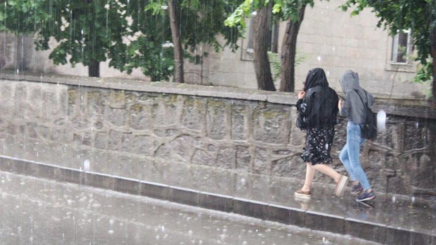 Meteoroloji'den hava durumu açıklaması | Marmara'da ceviz büyüklüğünde dolu bekleniyor!