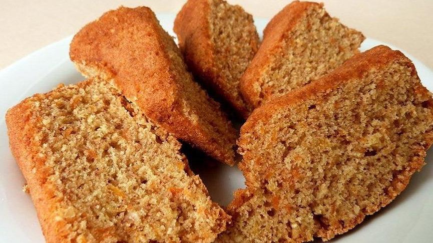 Elmalı havuçlu diyet kek nasıl yapılır? İşte kilo aldırmayan elmalı havuçlu diyet kek tarifi