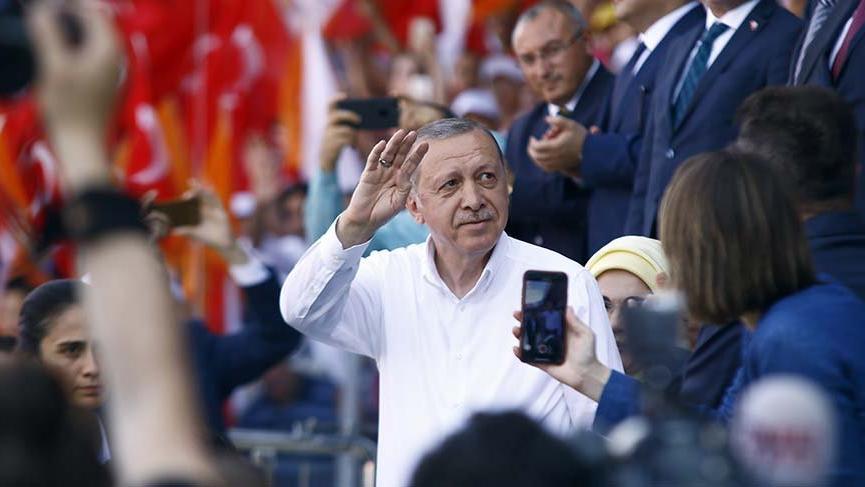 Erdoğan Ankara'da partilileriyle buluştu