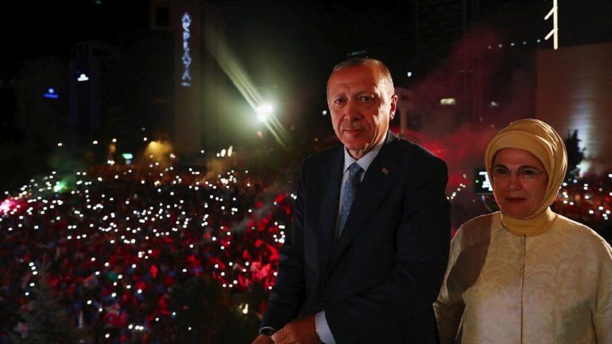 Pakistan Cumhurbaşkanı'ndan Erdoğan'a tebrik telefonu